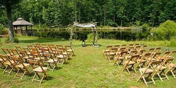 Outdoor weddings and intimate ceremonies at Bridge Between the Worlds Retreat Center | visit www.bridgebetweentheworlds.com
